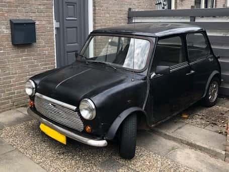 Austin mini 1000cc zwart  €1500