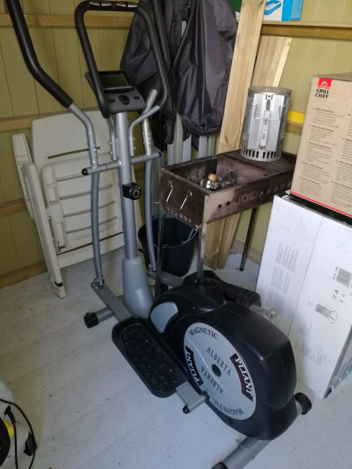 GRATIS Step-apparaat / Crosstrainer GRATIS
