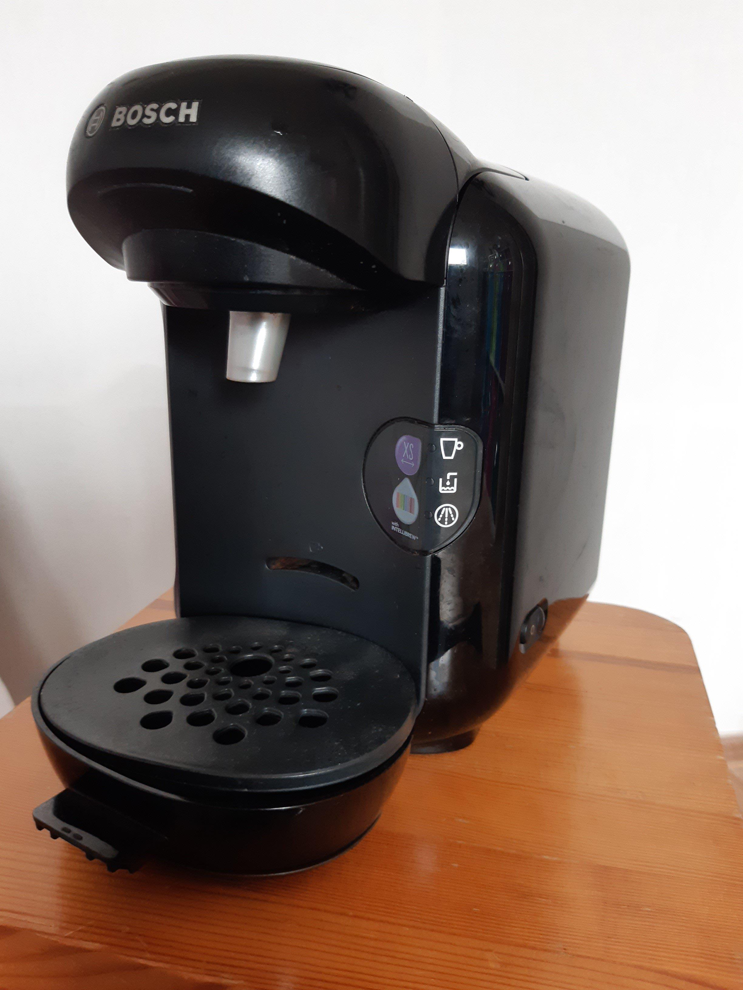 Tassimo koffiezetapparaat met 80 cups en cuphouder